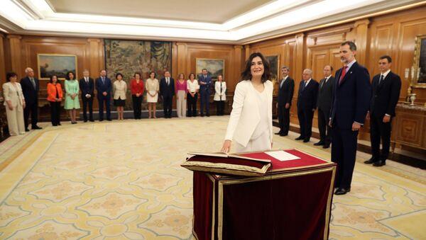 Ministra española de Sanidad, Carmen Montón, durante la toma de posesión del nuevo Gobierno - Sputnik Mundo