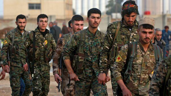 Kurdos sirios, foto de archivo - Sputnik Mundo