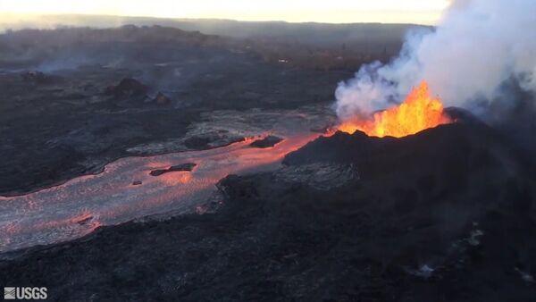 Dramáticas imágenes: así quedó Hawái tras la erupción del volcán Kilauea - Sputnik Mundo