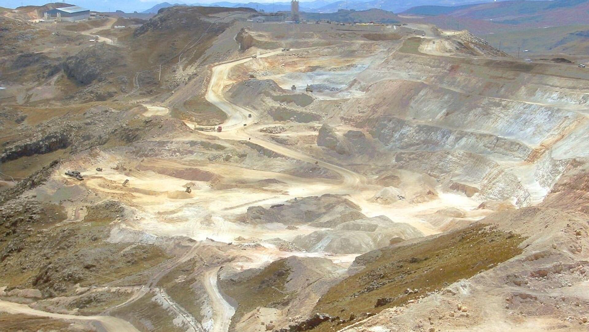 Mina de oro en Perú - Sputnik Mundo, 1920, 15.12.2020