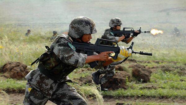 Антитеррористические учения стран-членов ШОС Мирная миссия-2007 - Sputnik Mundo