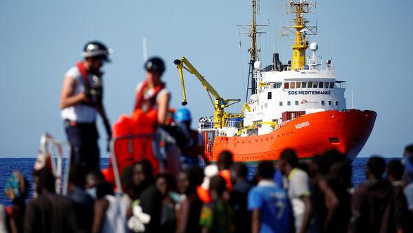 El barco de rescate Aquarius - Sputnik Mundo