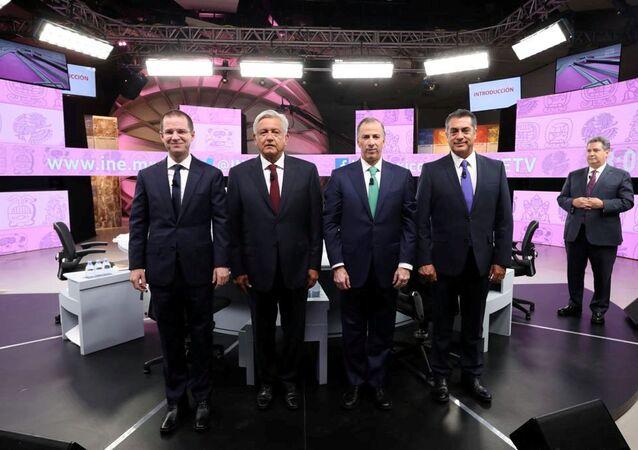 Ricardo Anaya, Andrés Manuel López Obrador, José Antonio Meade y Jaime Rodríguez durante el tercer y último debate