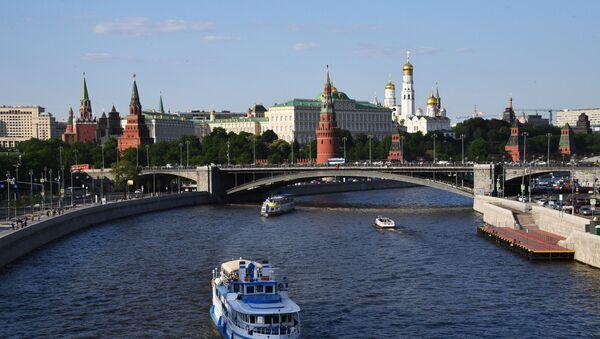 El Kremlin de Moscú y el río Moscova - Sputnik Mundo