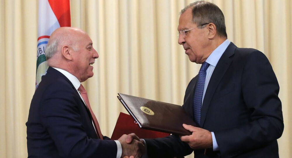 El ministro paraguayo de Exteriores, Eladio Loizaga Caballero, y su par ruso Serguéi Lavrov (archivo)