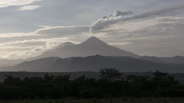 Volcán Pacaya en Guatemala - Sputnik Mundo