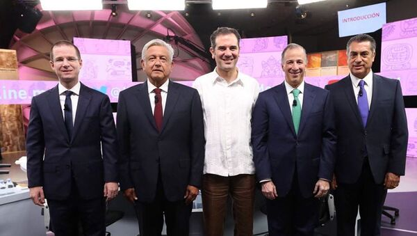 Ricardo Anaya, Andrés Manuel López Obrador, Lorenzo Cordova Vianello, José Antonio Meade y Jaime Rodríguez durante el tercer y último debate - Sputnik Mundo