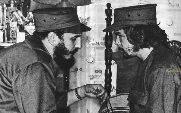 Con Fidel - Sputnik Mundo