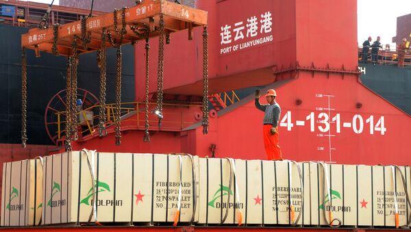 Contenedores con mercancías de China - Sputnik Mundo