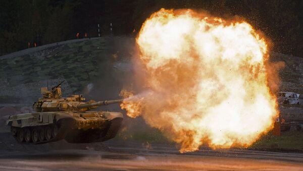 Tanque T-90A durante la feria Russia Arms Expo - Sputnik Mundo