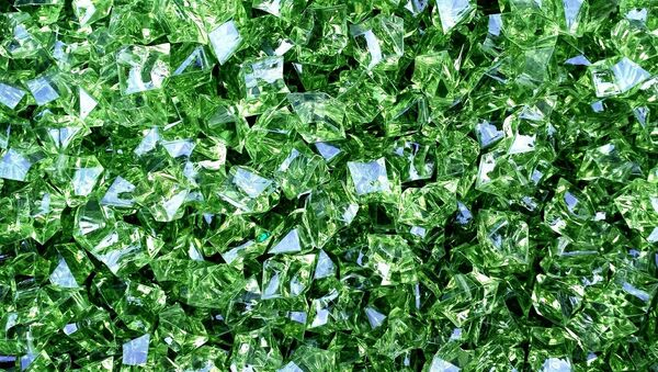 Unos cristales verdes, imagen referencial - Sputnik Mundo