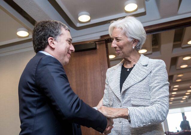 El ministro de Hacienda de Argentina, Nicolás Dujovne, y la directora del FMI, Christine Lagarde