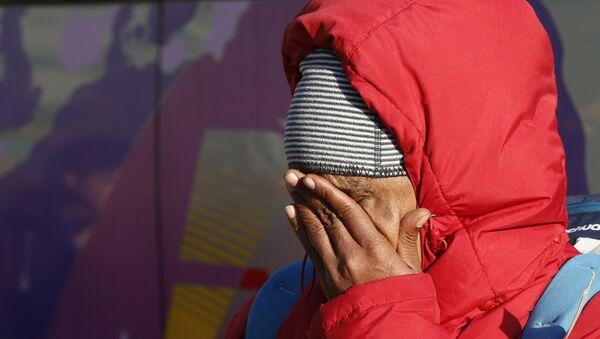 Una inmigrante en Ventimiglia, en la frontera entre Francia e Italia - Sputnik Mundo