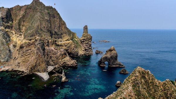 Rocas de Liancourt, islas disputadas entre Japón y Corea del Sur - Sputnik Mundo