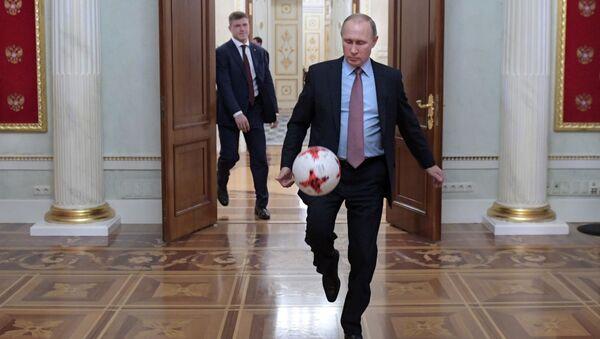 ¿Qué tienen en común Putin y Sharon Stone? - Sputnik Mundo