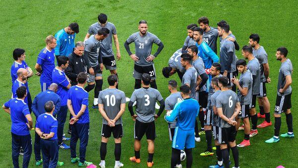 Un entrenamiento de la selección iraní en Kazán - Sputnik Mundo