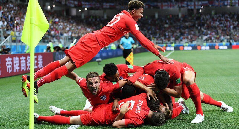 La selección inglesa celebra su victoria