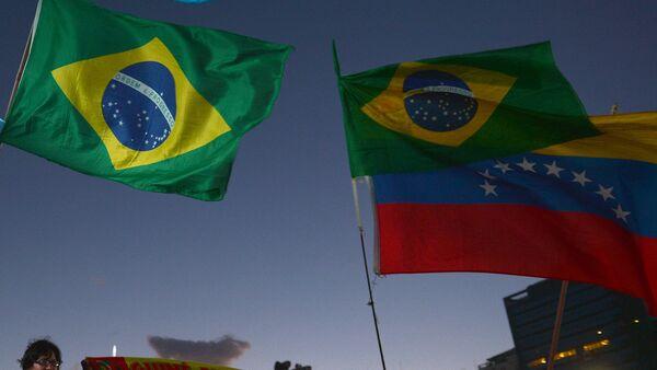 Banderas de Brasil y Venezuela - Sputnik Mundo