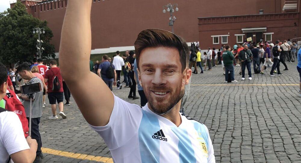 Un aficionado argentino en la Plaza Roja
