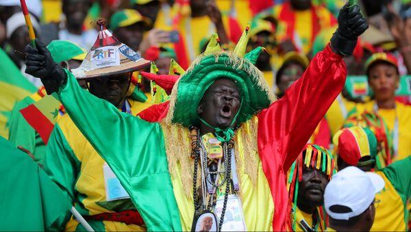Hinchas de Senegal - Sputnik Mundo