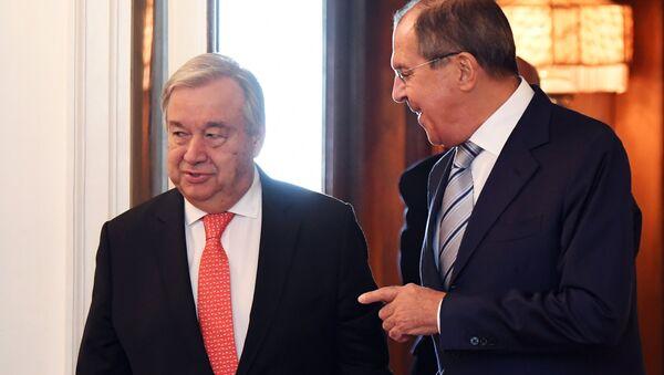El ministro de Exteriores de Rusia, Serguéi Lavrov, y el secretario general de la ONU, Antonio Guterres - Sputnik Mundo