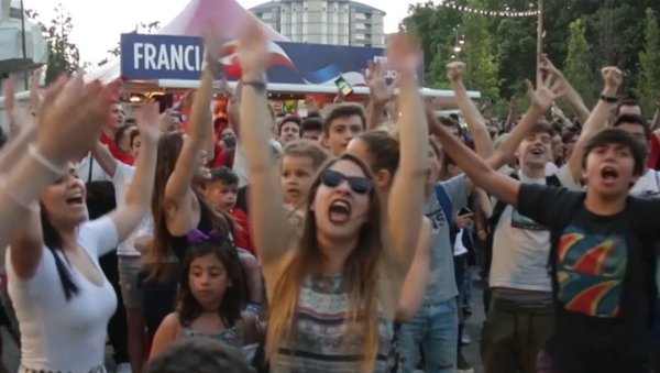 Las emociones de los hinchas durante los tensos partidos del Mundial - Sputnik Mundo