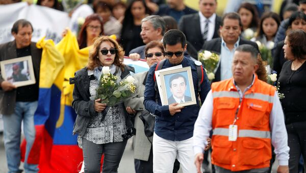 Recibimiento en Ecuador de los restos de los periodistas asesinados en Colombia (archivo) - Sputnik Mundo