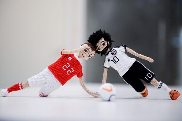 El arte y el fútbol se dan la mano en un curioso homenaje a los 'cracks' del Mundial - Sputnik Mundo
