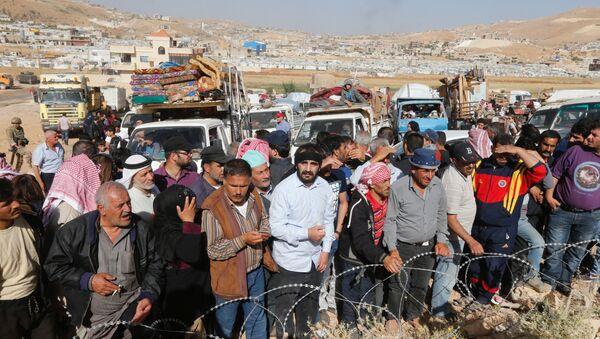 Refugiados regresan a Siria del Líbano - Sputnik Mundo