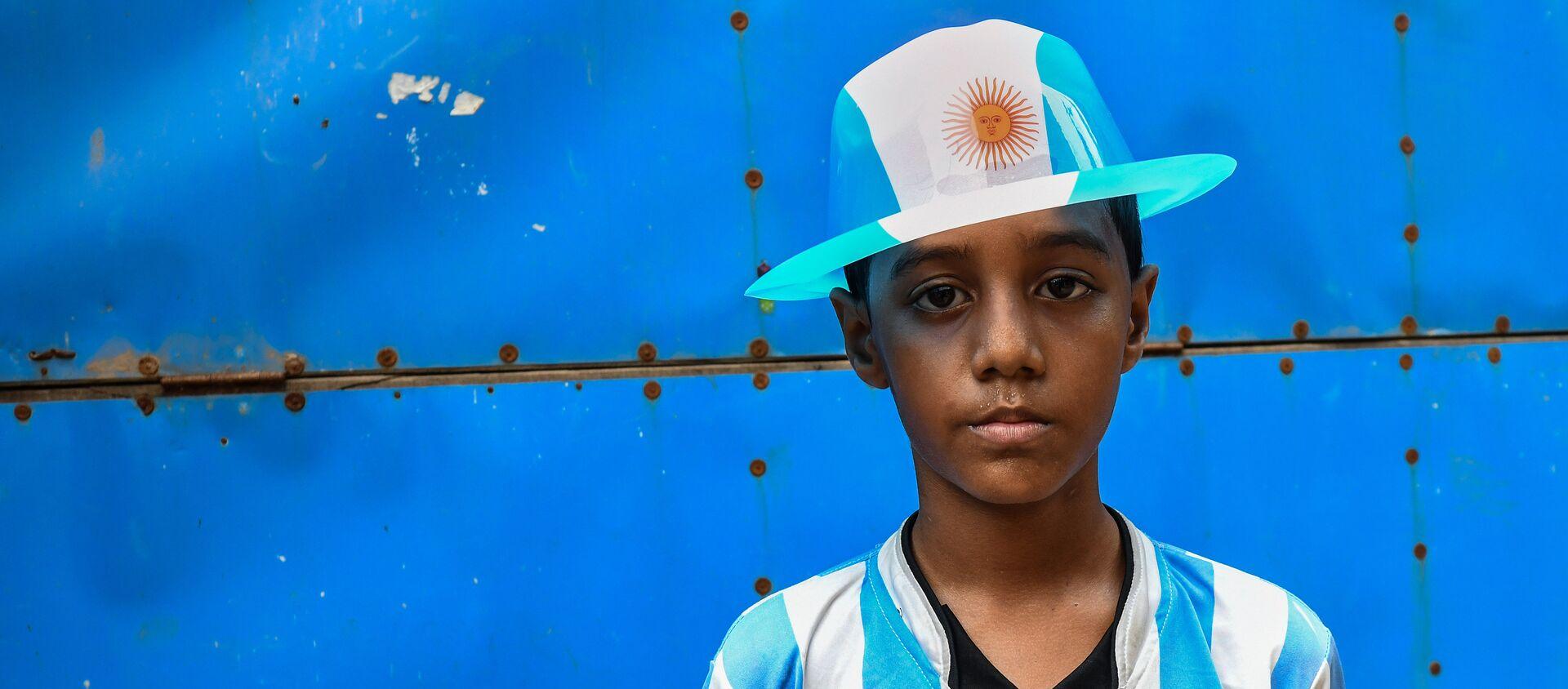 Niño bangladesí seguidor de la selección argentina - Sputnik Mundo, 1920, 28.06.2018