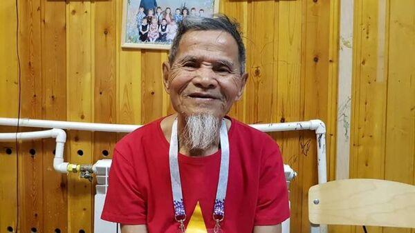 Tran Hop, un hincha vietnamita de 95 años - Sputnik Mundo