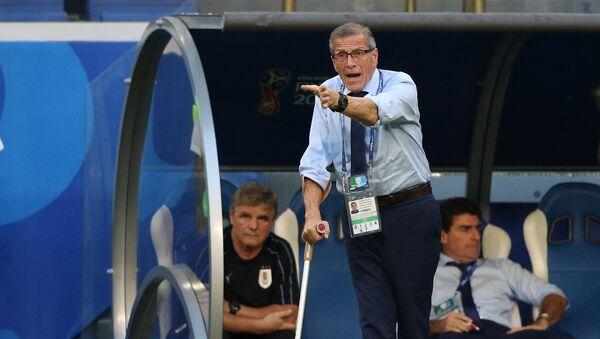 Óscar Tabárez, entrenador del equipo de Uruguay - Sputnik Mundo