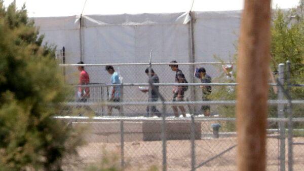Niños inmigrantes en EEUU - Sputnik Mundo