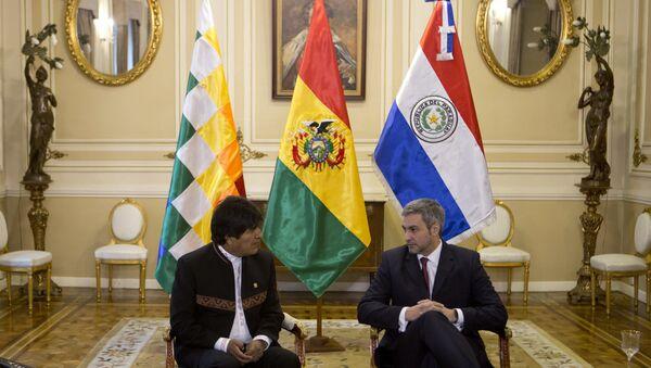El presidente de bolivia, Evo Morales, y su homólogo paraguayo, Mario Abdo Benítez - Sputnik Mundo