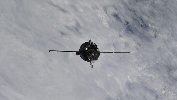 El carguero espacial ruso Progress MS-09 acercándose a la EEI el 10 de julio 2018 - Sputnik Mundo