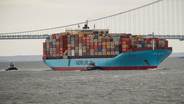 Un buque de carga en el puerto de Nueva York - Sputnik Mundo