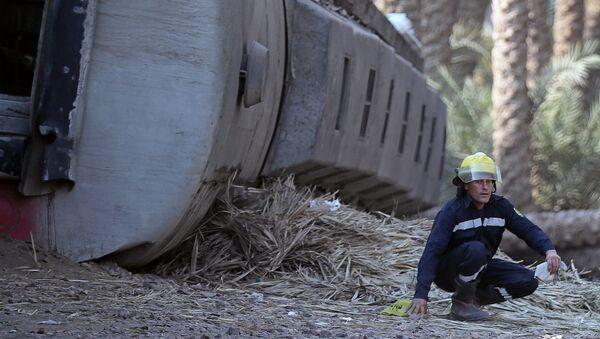 Descarrilamiento de tren en Egipto - Sputnik Mundo