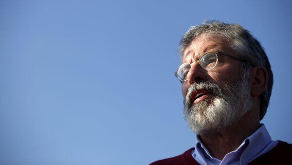Gerry Adams, exlíder del partido Sinn Féin - Sputnik Mundo