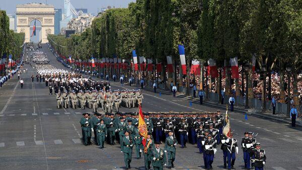 La celebración del Día Nacional de Francia - Sputnik Mundo