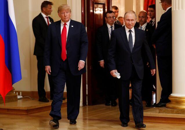 El presidente de Estados Unidos, Donald Trump, y el líder ruso, Vladímir Putin, durante su reunión en Helsinki