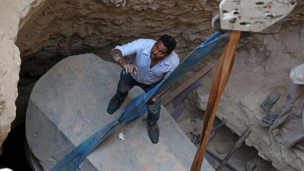 Este es el misterio que escondía el sarcófago negro desenterrado en Egipto - Sputnik Mundo
