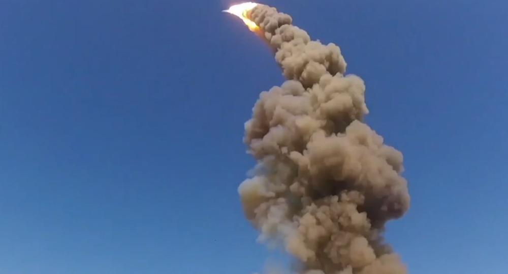 Totalmente confidencial: así despega el misil antibalístico ruso más moderno