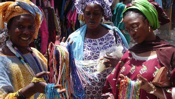 Un mercado en la capital senegalesa de Dakar - Sputnik Mundo