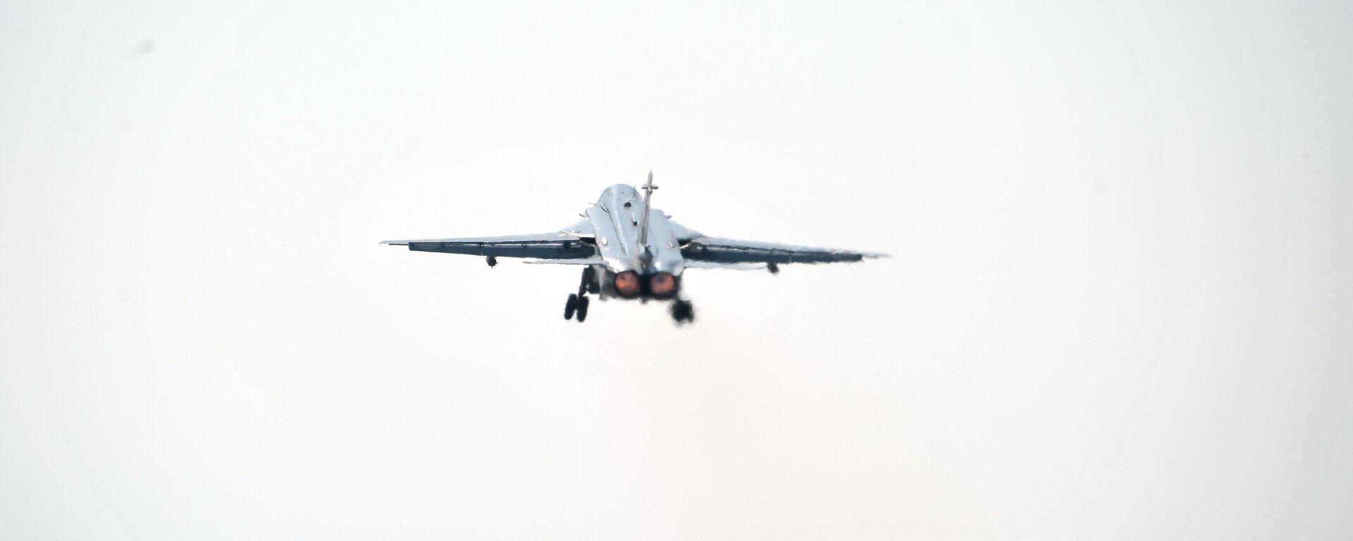 Un avión Su-24 - Sputnik Mundo, 1920, 27.08.2021