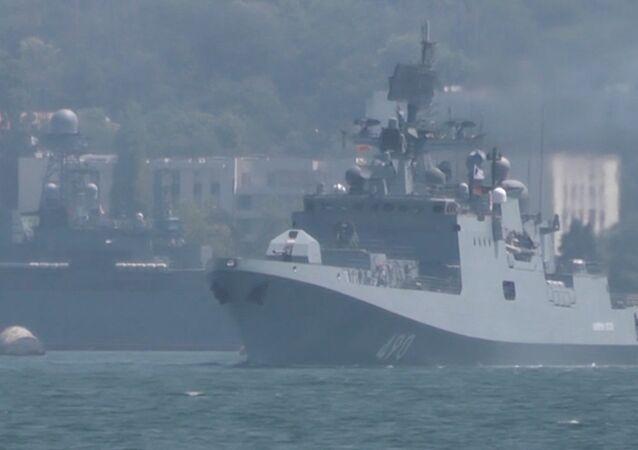 Así se preparan los marineros rusos para el desfile del Día de la Armada