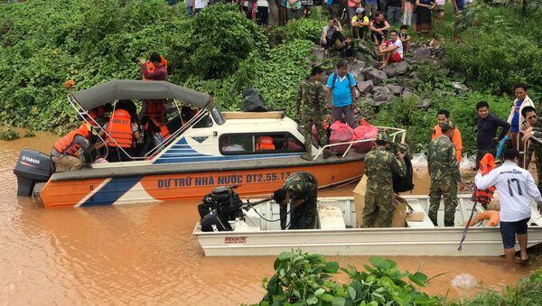 La rotura de una presa en Laos - Sputnik Mundo