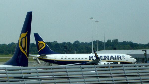 Un avión de Ryanair (imagen referencial) - Sputnik Mundo