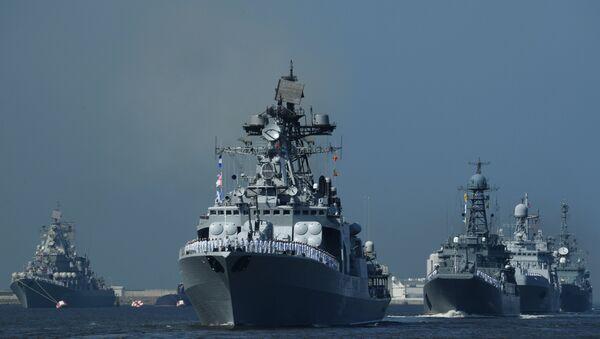 Desfile con motivo del Día de la Armada de Rusia - Sputnik Mundo
