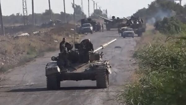 El Ejército sirio  no escatima esfuerzos para expulsar a los terroristas de Estado Islámico - Sputnik Mundo