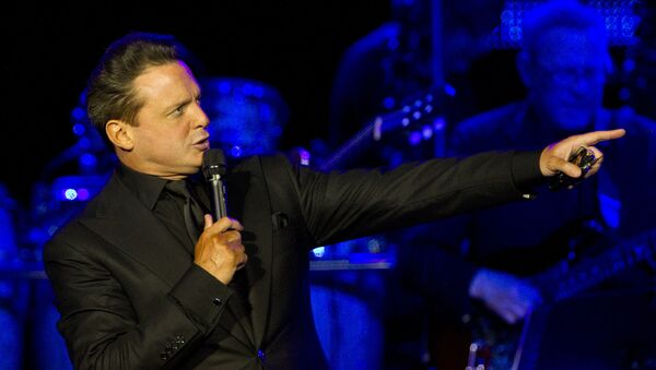 Luis Miguel en concierto - Sputnik Mundo